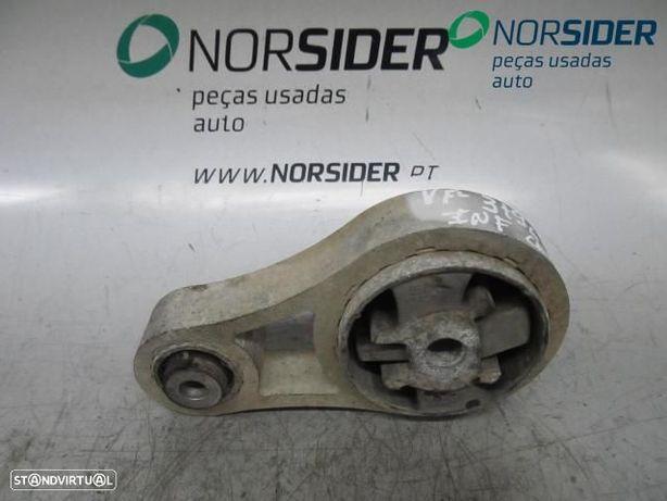 Apoio / sinobloco motor tras Renault Trafic II Fase II|06-14