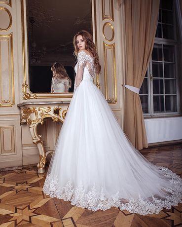 Шикарное свадебное платье от Dominiss