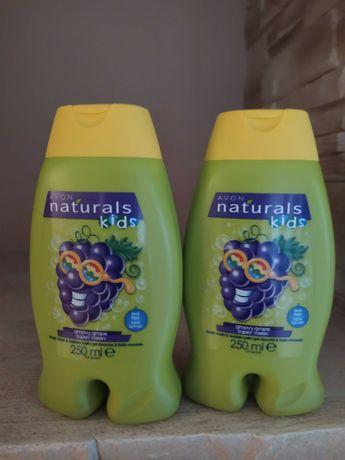 Żel do mycia ciała naturals kids Avon winogronko