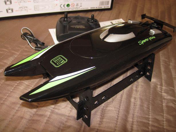 Катер, катамаран YILE Toys 805 радиоуправляемый длина 32 см, 20 км/ч