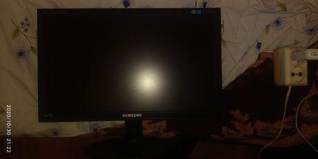 Продам монитор Samsung EX1920