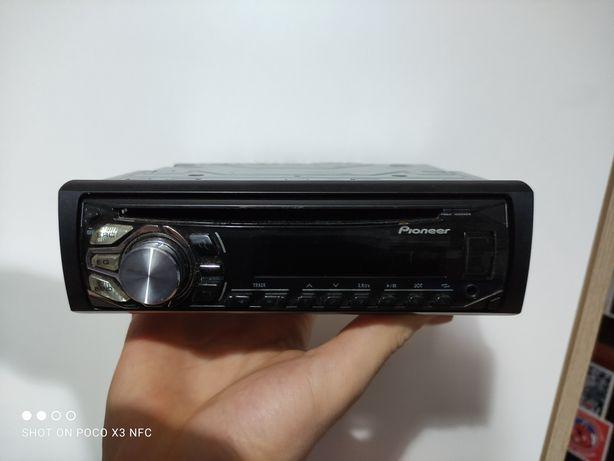 Radio samochodowe Pioneer DEH-1600UBG