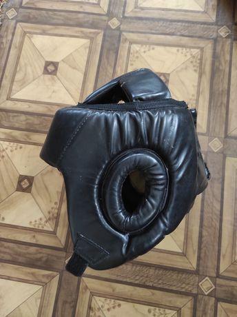 Шлем EVERLAST для бокса