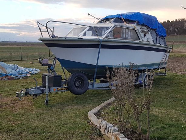 Łódź motorowa kabinowa jacht motorówka POLARIS wędkarska