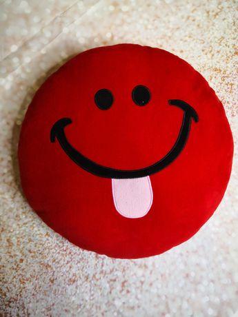 Okrągła czerwona poduszka emotka