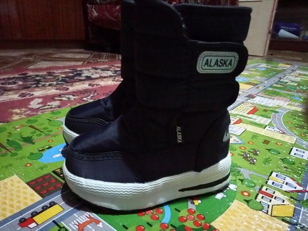 Детские  зимние ботинки 22