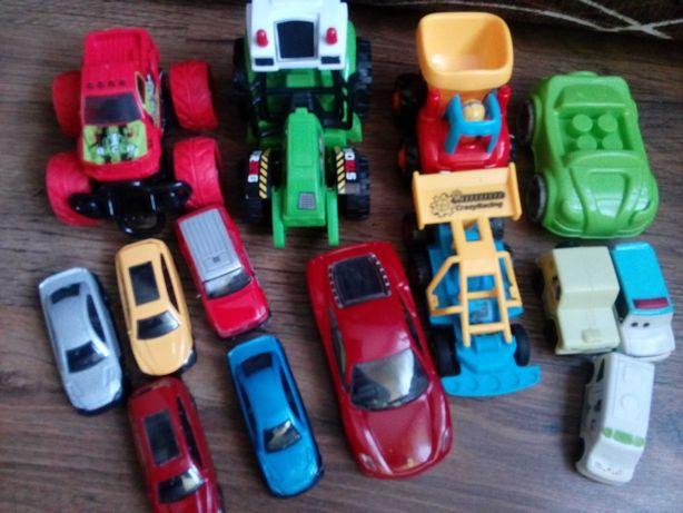 Zabawki , autka ..