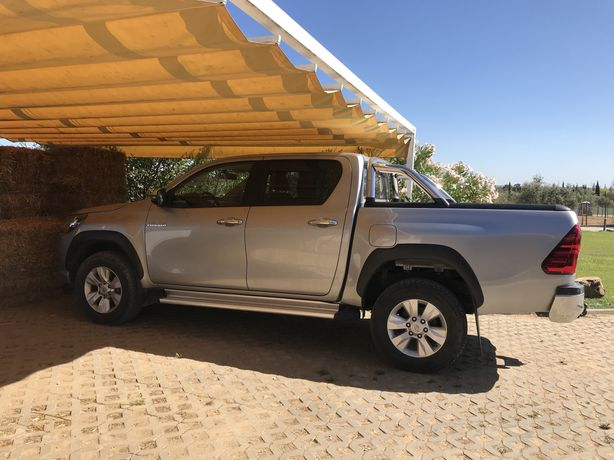 Toyota Hilux  2.4 - 4WD
