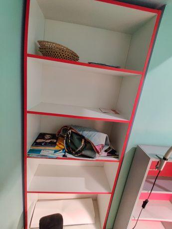 Стеллаж ,полка,этажерка для офиса,салона