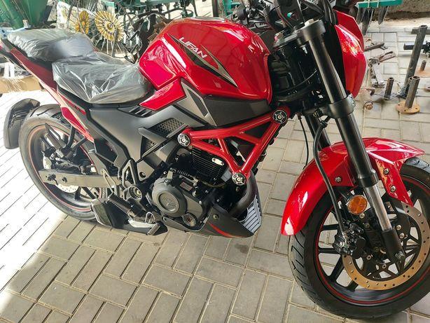 Мотоцикл LIFAN SR200