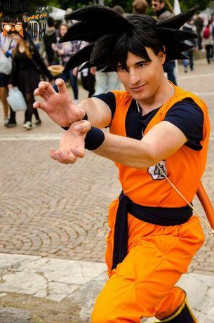 Ubranie przebranie cosplay Son Goku Dragon Ball Niemcy Pyrkon