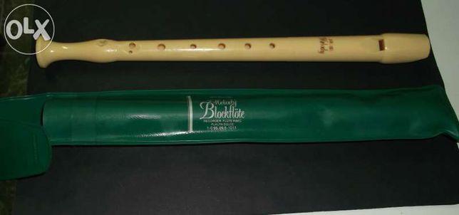 Flauta em bom estado, marca: Hohner