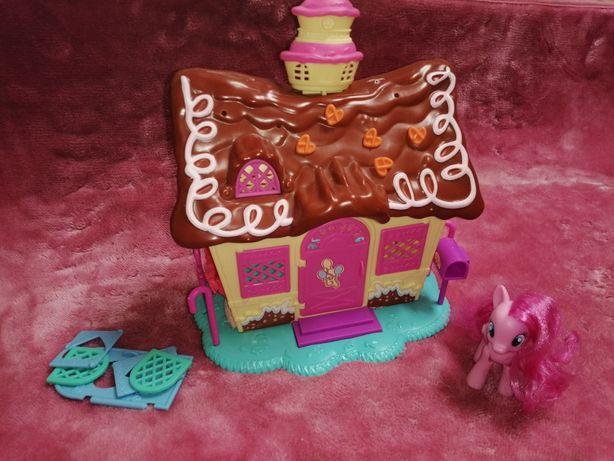 Domek kucyki pony z figurką