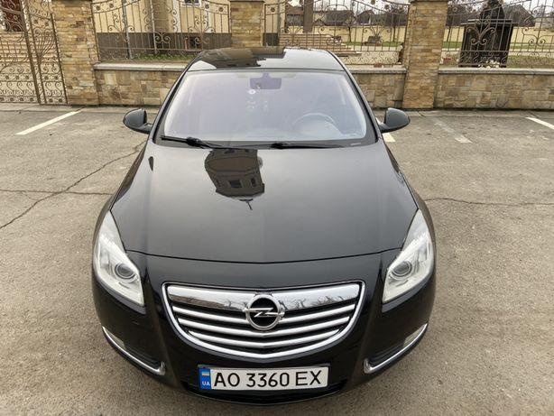 Opel insignia sport tour 4x4.2012р 2.0д 118кл.