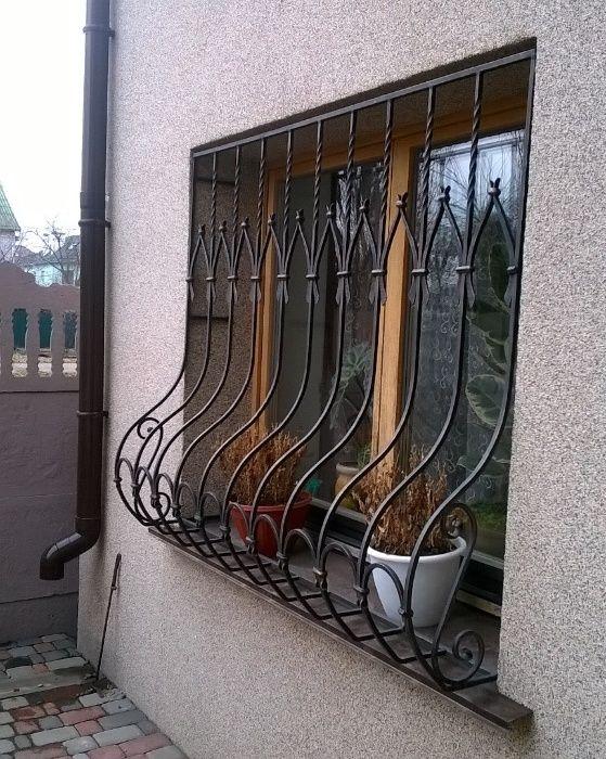 Решетки на окна, козырьки и другие металлоконструкции Киев - изображение 1