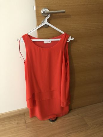 Vestido curto, cor coral da Naf Naf