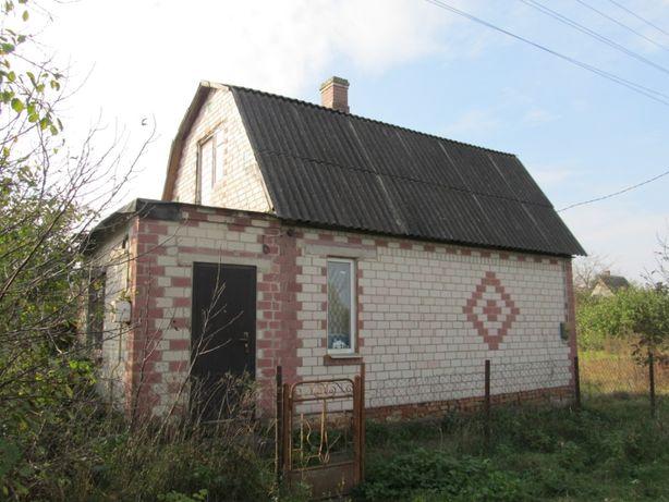 Продам будинок в Н.Українці з усіма комунікаціями