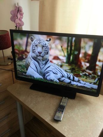 Tv Toshiba 32cale FullHD, funkcje internetowe, wbudowany dvbt, mpeg4