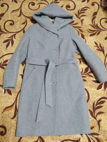 Кашемировое пальто 48 размер