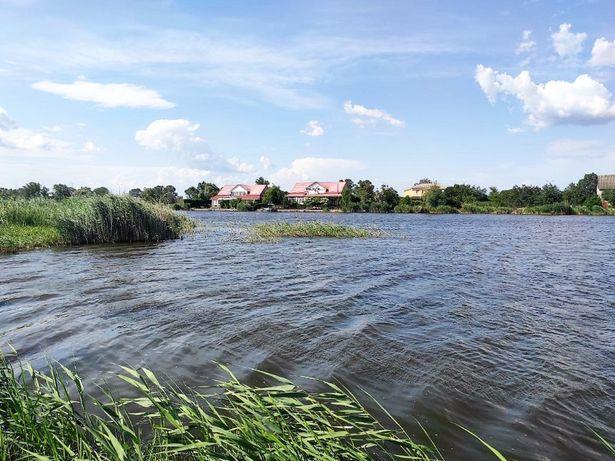 Продам дом в Новоселовке. Свой берег реки.