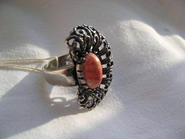 Кольцо перстень 17.5 КРУЖЕВО натуральное кружевное серебро с кораллом