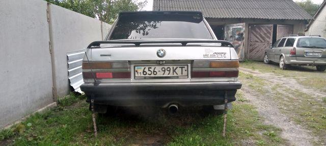 Продам Вмв520 і 1983