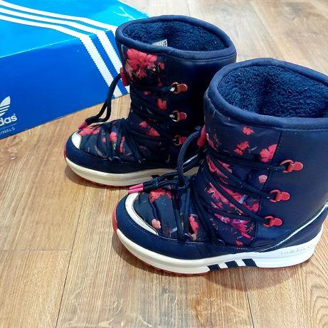 Śniegowce adidas r. 33, buty zimowe