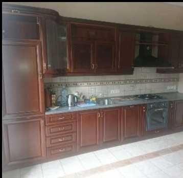 Кухню с встроенной техникой, холодильник., плитой, духовкой моеч. маш.