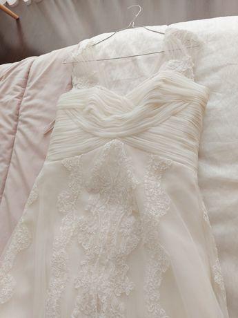 Vendo vestidos de noiva la sposa