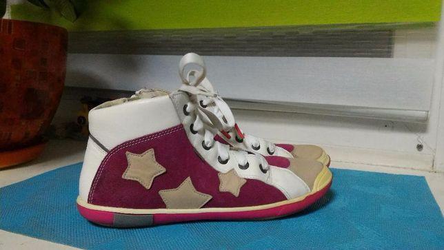 BARTEK ботиночки-кроссовки 37 р.