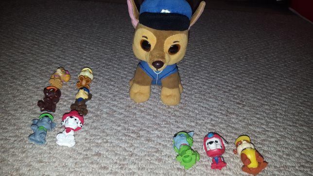 Pluszak Chease z Psiego Patrolu oraz 9 figurek