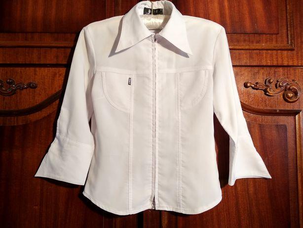 Срочно продам школьные блузки,футболку, рубашку на девочку рост 150