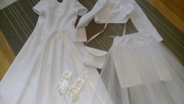 Sukienka komunijna +wszystkie dodatki