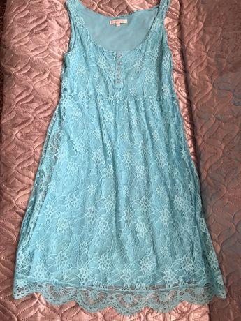 Платье подростковое возраст 11-13 лет.50 гривен за два