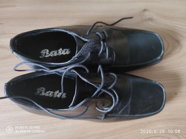 Eleganckie buty dla chłopca, komunia 36