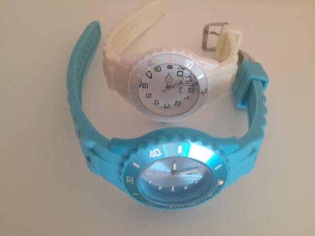 Conjunto de 2 relógios de menina azul e branco
