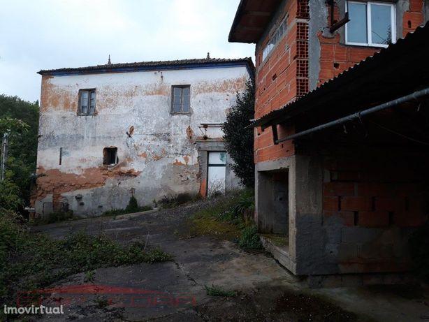 Moradia com terreno no Fontão Angeja Alvergaria-A-Velha