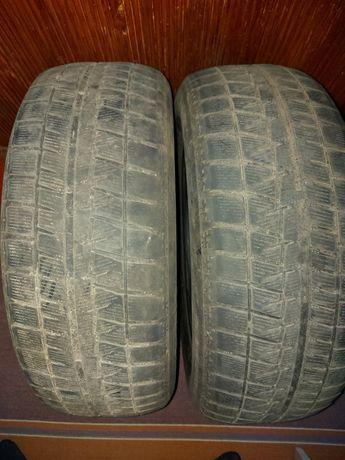 Продам шины б/у Bridgstone Blizzak Revo GZ 215/60/16 95S 2 шт.