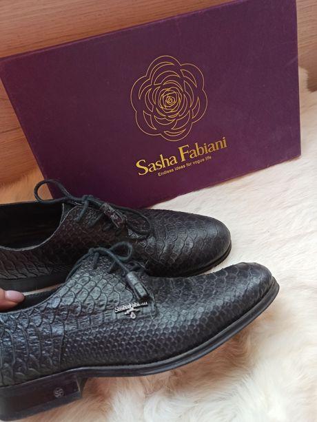 Женские туфли Sasha Fabiani под кожу питона