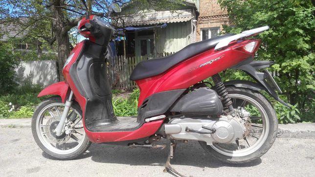 скутер SYM Simphohy 125 куб. Тайвань. 2012 г. 25000грн. торг