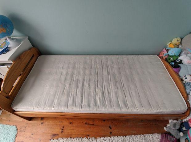 Sprzedam łóżko drewniane, używane z materacem