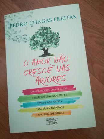 O Amor não cresce nas árvores, de Pedro Chagas Freitas
