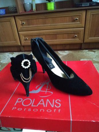 Замшевые туфли и сапоги в хорошем состоянии