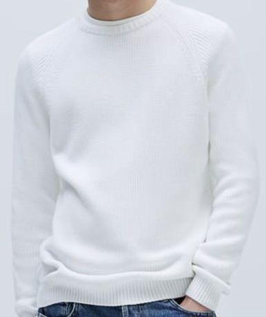 Sweter z dzianiny wykonany ściegiem dżersejowym Zara r. S biały ***