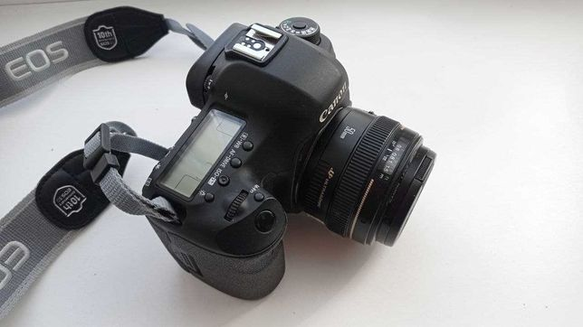 Canon EOS 5D MARK III + 50 mm f/1.4