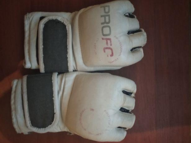 Продаю пирчатки для бойов та борьби