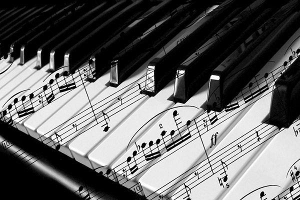 Аккуратно и профессионально - доставка фортепиано , настройка.