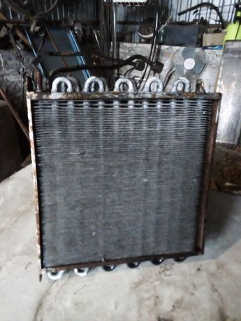 Продам радиатор для отопителя