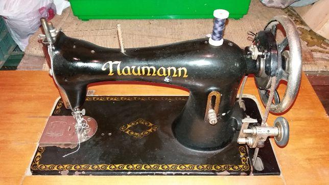 Máquina Costura antiga - Naumann