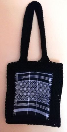 Saco em crochet e tecido